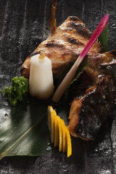 Japanese Food, Food Photo, Superstar, Steak, Vegas, Ethnic Recipes, Table, Gastronomia, Desk