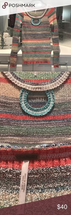 Free people keyhole sweater Long sleeve stretch  ribbed striped sweater scoop neck with keyhole. Perfect for the spring . Free People Sweaters Crew & Scoop Necks