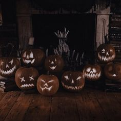 Samhain Halloween, Fall Halloween, Aesthetic Images, Aesthetic Wallpapers, Story Inspiration, Character Inspiration, Sabrina Spellman, Eclectic Taste, Animal Totems