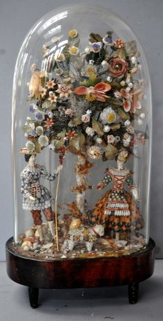 shell work dome with figures and animals, English circa (private collection Linda Pastorino) Cloche Decor, Shell Flowers, Collections Of Objects, Jar Art, The Bell Jar, Seashell Art, Nautical Art, Shell Crafts, Objet D'art