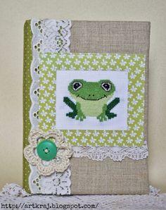 ARTкрай: Блокнот с вышитым лягушонком