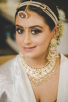 Introducing cute and beautiful Bridal photoshoot ideas & poses. #shaadisaga #indianwedding #bridalphotoshootposesindian #bridalphotoshootindian #bridalphotoshootpre #bridalphotoshootideas #bridalphotoshootveil #bridalportraitideas #bridalportraitposes #bridegettingready #bridegettingreadyphotoshoot #bridegettingreadyideas Wedding Couple Poses, Couple Posing, Wedding Shoot, Wedding Couples, Wedding Blog, Bridal Photoshoot, Photoshoot Ideas, Bridal Portrait Poses, Bride Getting Ready