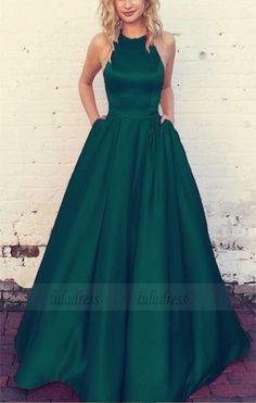 Emerald Green Prom Dresses Neckholder Satin Ballkleider, Source by angelinamoosbur gowns green Hoco Dresses, Ball Dresses, Evening Dresses, Quinceanera Dresses, Halter Top Prom Dresses, Homecoming Dresses Long, Green Evening Dress, Graduation Dresses, Formal Prom