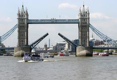 If you are planning on a trip to the finest capital city in the world this summer, you will not be short of things to do. London is renowned for its buzzing lifestyle all year round and when the sun comes out to play it is the only place to be seen. There is no need to ever fear being bored in London.