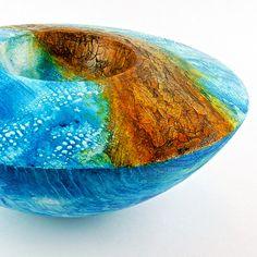 Neue Art von skulpturaler Schale im Bereich Holzkunst von Thomas Faessler