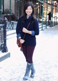 burgundy skinny jeans + chambray shirt + navy crewneck sweater + navy Hunter wellies