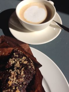 Goodmorning everybody Chocolate muffin with biscuits and ginseng coffee