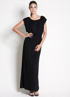 Versatile maxi dress for pregnancy, nursing and post pregnancy style