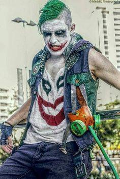 Joker Halloween, Halloween Cosplay, Diy Halloween, Halloween Costumes, Joker Pics, Joker Art, Harley Quinn Cosplay, Joker And Harley Quinn, Joker Cosplay Costume