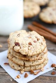 Cinnamon Toffee Pecan Oatmeal Cookies