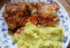 Rakott afrikai harcsa Fish Recipes, Cake Recipes, Ricotta, Mashed Potatoes, Bacon, Curry, Paleo, Pork, Food And Drink
