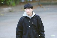 Sungjin otw to Mubank Park Sung Jin, Bob The Builder, Picture Credit, Korean Artist, Day6, Boy Groups, Husband, Singer, Kpop