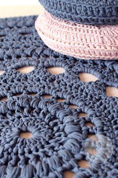 Wunderbare Handgehaakt Teppich von ensuus auf Etsy