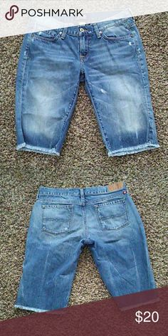 Lucky Brand Shorts Good condition. Size 8/29. Lucky Brand Shorts Jean Shorts