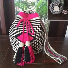 New in⚘Standard 2threadsAvailable in size L⚘ด้ายคู่ขนาดใหญ่พร้อมส่งค่ะ✔✔ใบนี้ของจริงออกชมพูบานเย็นนะคะ✔✔ For mor info please contact via line: misstipsi_w ✔✔ถามได้นะคะแม่ค้าใจดี⚘ #wayuu#wayuubag#mochilabag#กระเป๋าวายู#กระเป๋าถัก#กระเป๋าผ้า#กระเป๋าโคลัมเบีย#ตามหา#sbn#siambrandname#minimal#look#style#boho#vintage#columbiabag#streeetfashion#streetlook#chic#วายู#tipsiwayuubkk#hiend#histreet#quality#1thread#wayuulover#wayuuthailand#tipsiwayuubkk