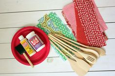 Today we are kicking off the Handmade Gift Series with a DIY fabric-covered wooden spoonS project. Perfect handmade holiday gift!