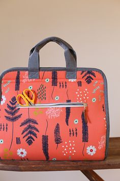 Maker's Tote PDF pattern by Anna Graham   Noodlehead