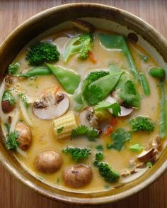 Urban Cottage: Tom Ka Soup - a vegetarian could use vegetable broth rather than chicken broth for this lovely soup.An Urban Cottage: Tom Ka Soup - a vegetarian could use vegetable broth rather than chicken broth for this lovely soup. Think Food, I Love Food, Good Food, Yummy Food, Tasty, Soup Recipes, Vegetarian Recipes, Cooking Recipes, Healthy Recipes