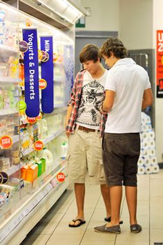 Larry Stylinson! louis tomlinson, harry styles, lou, haz, tommo, harold, hazza, one direction bromance, 1D