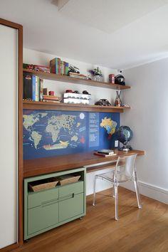Detalhes de escrivaninha para quarto-escritório