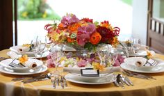 リゾートスタイル Table Flowers, Banquet, Table Settings, Banquettes, Place Settings, Tablescapes
