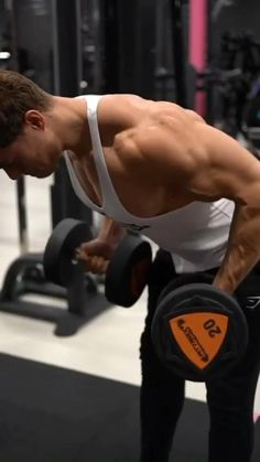 Back Workout Routine, Back Day Workout, Gym Workout Chart, Gym Workout Videos, Gym Workout For Beginners, Gym Workouts For Men, Weight Training Workouts, Back Workout Bodybuilding, Academia Fitness