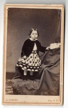 CDV Photo Cute Little Girl in Patterned Dress Troy New York Circa 1860s | eBay Old Pictures, Old Photos, Vintage Photos, Troy New York, Vintage Clothing, Vintage Outfits, Civil War Dress, War Image, 19th Century Fashion