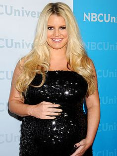 Jessica Simpson's tresses are always a classic, golden hue. Learn how to get your own most flattering #hair #color right at home here: http://www.haircolorforwomen.com/breakthrough-hair-color-system-your-salon-doesnt-want-you-to-know-about-p/