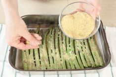 ASPARAGI AL FORNO - ricetta veloce | Fatto in casa da Benedetta Green Beans, Pizza, Vegetables, Recipes, Food, Sauce, Gastronomia, Home, Contouring