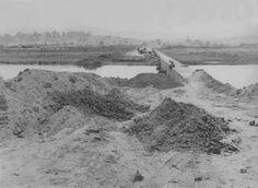 ARQUIVO/ESTADÃO CONTEÚDO/AE - Vista deaterro, às margens do Rio Tietê, para construção da Ponte da Freguesia do Ó, na zona norte da capital paulista, na década de 50