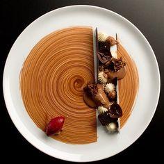   Melting Lapsong Suchong Sorbet • Blackcurrants • Vanilla • Single Origin…