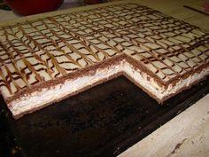 Penové rezy s karamelovým krémom  http://tortyodmamy.sme.sk/content/penove-rezy-s-karamelovym-kremom