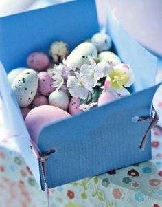Whether you have a small gathering or a big family affair, throwing an epic Easter party is no small task. Get the best Easter party ideas for your Easter Sunday celebration, from easy Easter crafts to DIY decorations. Easy Crafts To Make, Easy Easter Crafts, Easter Ideas, Easter Projects, Easter Decor, Easter Egg Pictures, Diy Ostern, Easter Celebration, Easter Party