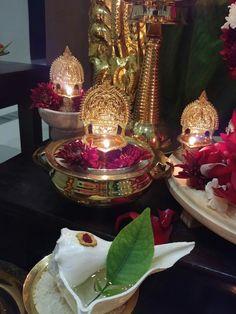 Super Ideas for flowers aesthetic brown Diwali Decorations, Festival Decorations, Flower Decorations, Ethnic Home Decor, Indian Home Decor, Indian Inspired Decor, Diwali Pooja, Silver Pooja Items, Pooja Room Door Design