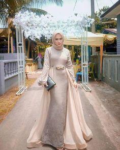 Hijab Prom Dress, Dress Brukat, Hijab Gown, Muslimah Wedding Dress, Hijab Evening Dress, Hijab Style Dress, Kebaya Dress, Hijab Wedding Dresses, Dress Outfits