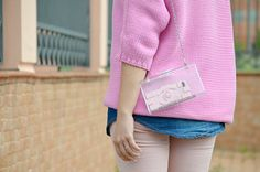 #pink #zara #denim #chanel #cover #case #iphone #iphonecase #fashionblogger #streetstyle #inspiration #monochrome #luciapalermo #vogueforbreakfast