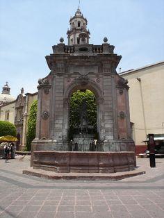 Fuente de Neptuno, Querétaro, México.