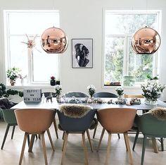 Veldig klar for et nytt år og lysere tider Ønsker dere en god natt med dette leeeekre bildet til @kristinekval #gofollow ✨ Takk for at du bruker #villalille  __________________ #inspiration #notmypic #interior #interiordesign #interiorstyling #interiordecor #interiores #interior123 #interior444 #passion4interior #dream_interiors #dreamhome #homedecor #homeinspo #homestyle #instahome #instadecor #instadesign #nordicinspiration #inspiremeinterior #boligdrøm #scandinaviandesign #happynewyear...
