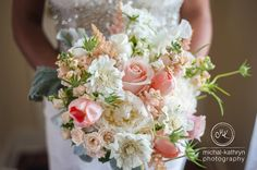 peach blush wedding bouquet   Avon Century Barn Wedding Flowers by Stacy K Floral in Avon NY | This beautiful barn wedding had soft blush and pale pink colors with ivory accents. It was the perfect mix of rustic meets vintage. | Photography Michal-Kathryn Photography.