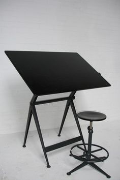 089e82a15233 Cant get enough of Wim Rietveld  amp  Friso Kramer s Drafting table with  fully adjustable top