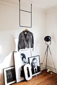 cool office space and Annaleenas clothing rail. Interior Design Inspiration, Home Interior Design, Interior Styling, Room Inspiration, Interior And Exterior, Interior Architecture, Exterior Paint, Exterior Design, Cool Office Space