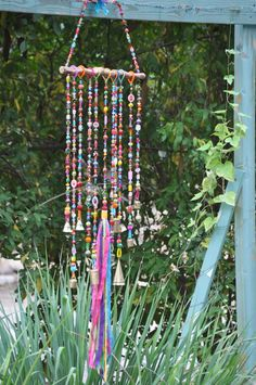 Colorful Beaded Mobile wind chime with Brass bells and fabric tassel -Bohemian Hippie style Decor Bunte Perlen Mobile Windspiel mit Messing-Glocken und Quaste Hippie Style, Hippie Bohemian, Bohemian Decor, Bohemian Living, Saris Indios, Carillons Diy, Driftwood Mobile, Swarovski Crystal Beads, Suncatchers