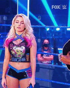 Wrestling Superstars, Wrestling Divas, Women's Wrestling, Ladies Football League, Female Wrestlers, Wwe Wrestlers, Alexis Bliss, Wwe Total Divas, Lexi Kaufman