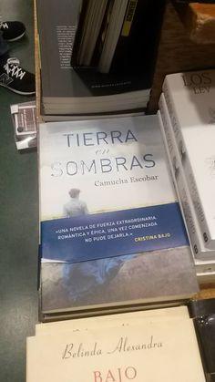 Librería Yenny en Ezeiza. Foto de María Alejandra Bártoli 6 de Febrero de 2016