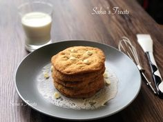 Learn how to make these white chocolate chip cookies from scratch! They contain no eggs and they're really easy to make too! Choco Chip Cookies, White Chocolate Chip Cookies, Choco Chips, No Bake Cookies, Cookies From Scratch, How To Make Cookies, Brown Sugar, Baking Soda, Treats
