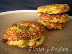Tortitas de Brocoli y Zanahoria (Broccoli and carrot patties) Veggie Recipes, Baby Food Recipes, Mexican Food Recipes, Vegetarian Recipes, Cooking Recipes, Healthy Recipes, Light Recipes, Love Food, Healthy Snacks