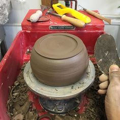 Shaping up my ceramics at my pottery class earlier today learning to be extremely patient and slow gives the best results #glazing #ceramics #pottery #clay #ceramicart #learnsomethingnew #potteryclass #ceramicsclass #handmade #handmadepots