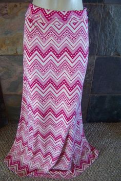 NWT Maxi skirt Pink Chevron sizes are S L – countryliving37