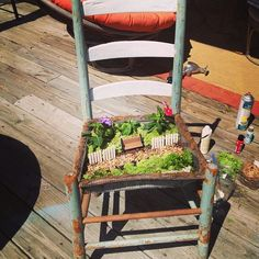 This is incredible.  A must-have for my dream sprawling backyard garden someday.