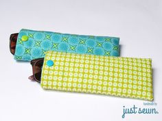 Tutorial for a quick glasses case - just sewn. Begginer Sewing Projects, Sewing Projects For Kids, Sewing Crafts, Clutch Tutorial, Blue Sunglasses, Sunglasses Case, Nail Bags, Crafts To Make And Sell, Denim Bag